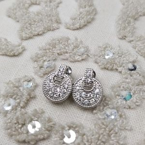 Jewelry - Brilliant Sparkling Silver tone Earrings
